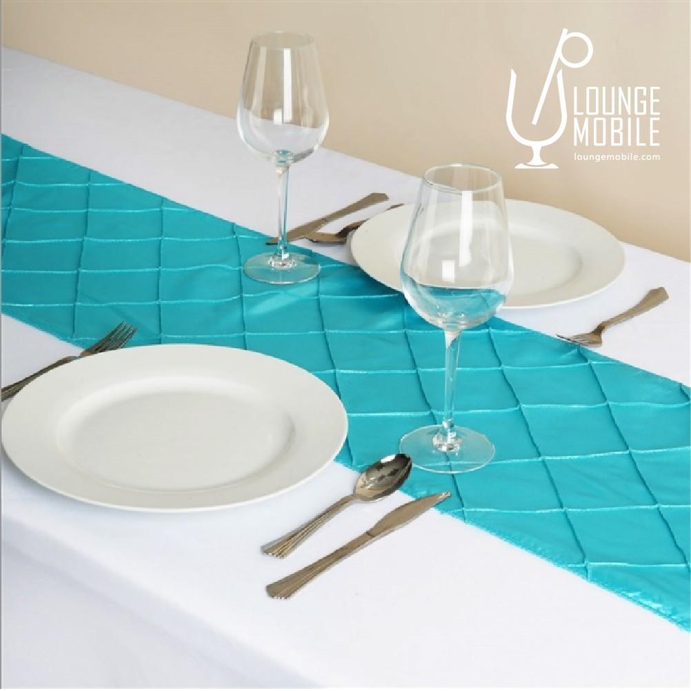 Chemin de table taffeta carrel turquoise d coration for Chemin de table turquoise